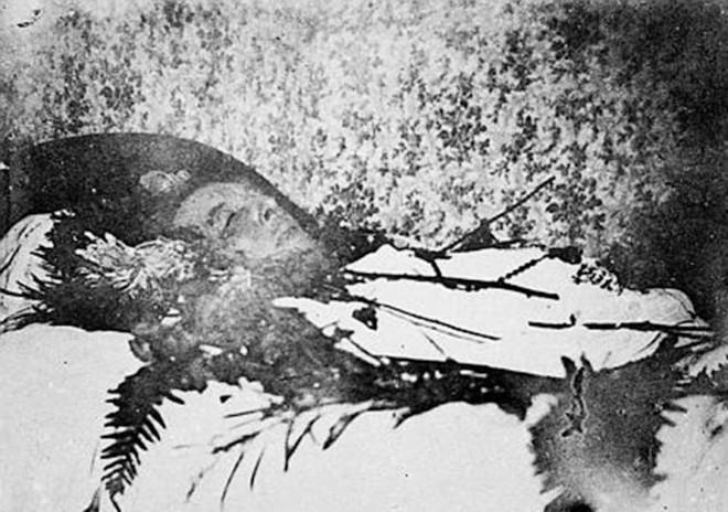 Oscar-Wilde-Deathbed.jpg